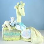 Giraffe-diaper-cake-yellow