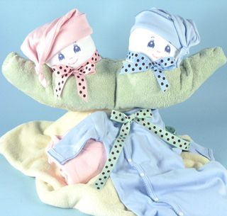 Two-peas-in-a-pod-unique-twins-baby-gift(lg)
